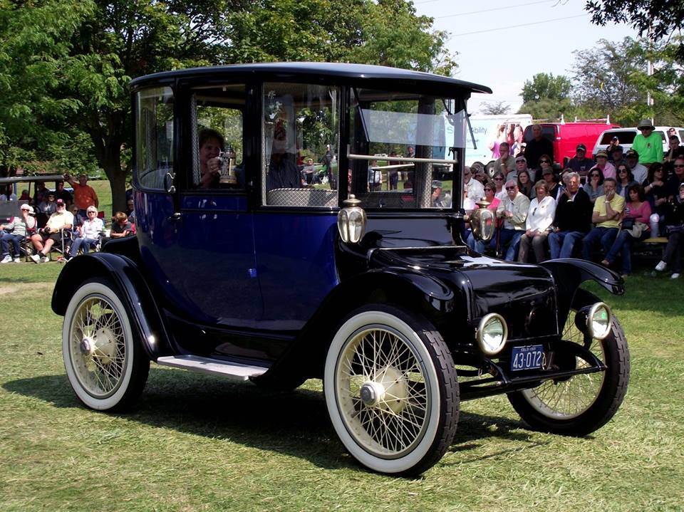 Specialty 1914 Detroit Electric Brougham- David Gamez 7