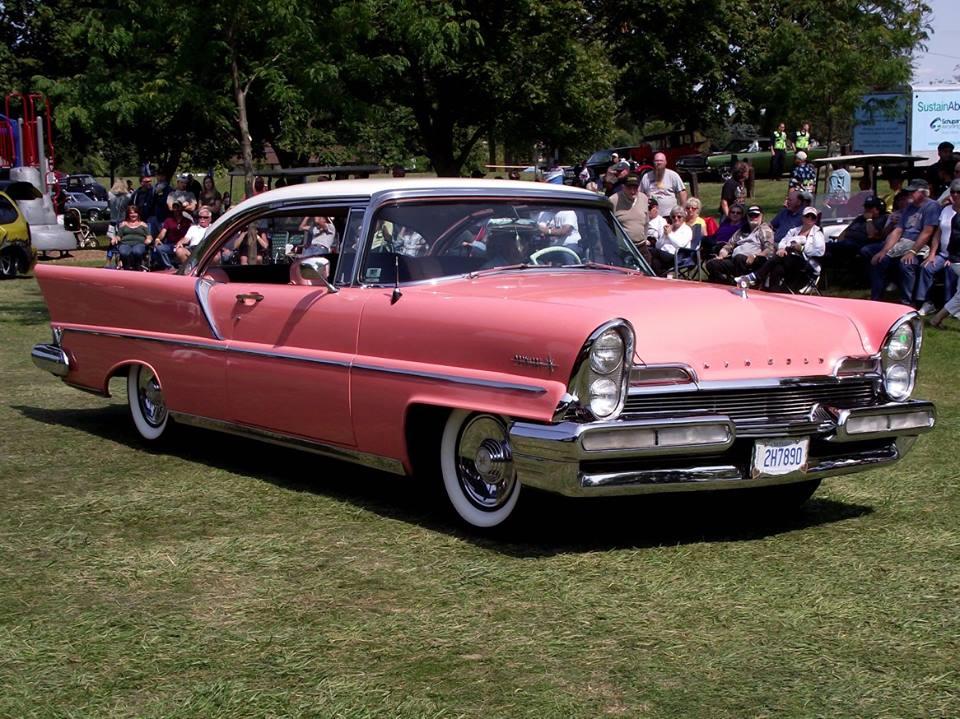 Specialty 1957 Lincoln Premier- Helga Csiki 4