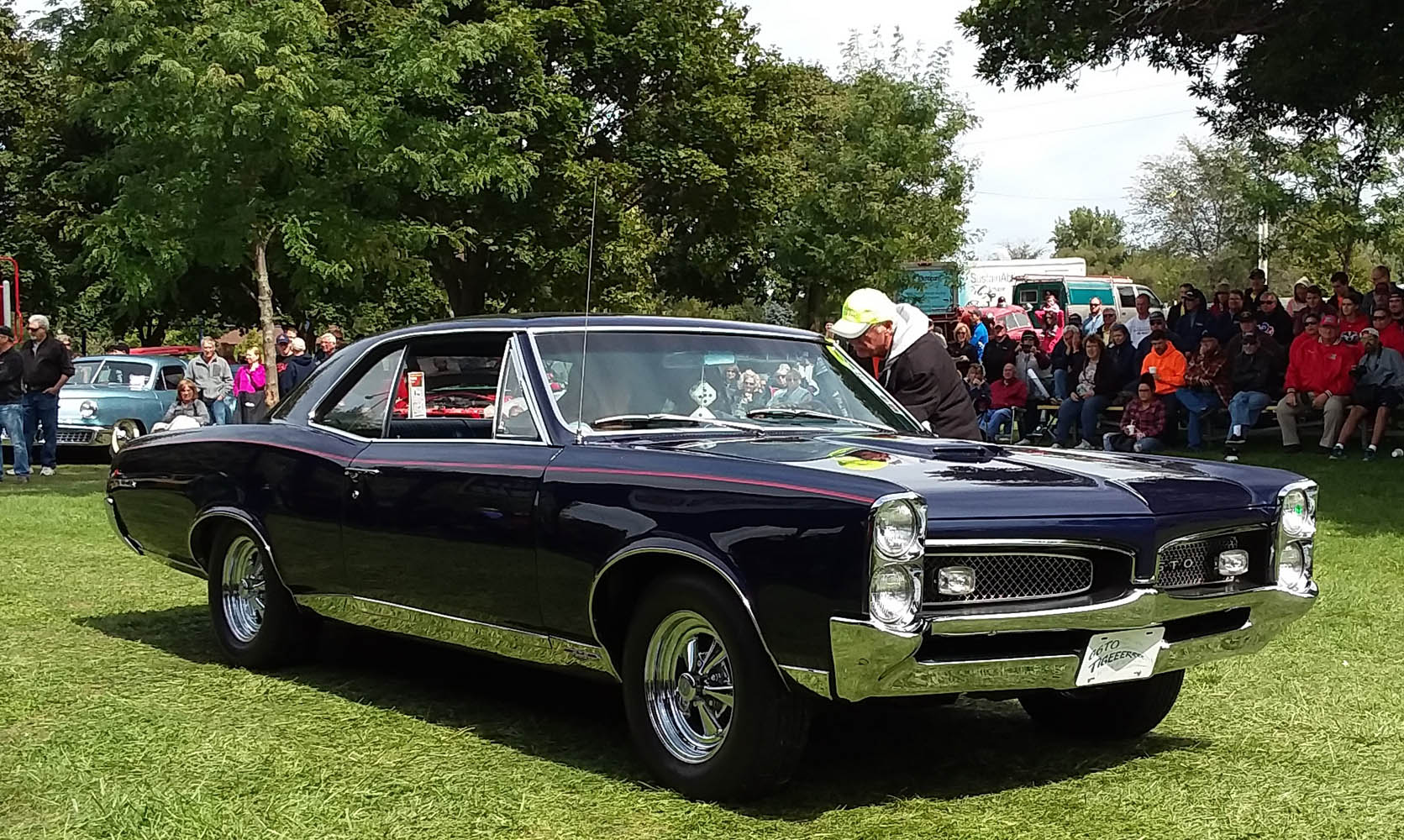 Specialty- 1967 GTO, Barb Statler 1