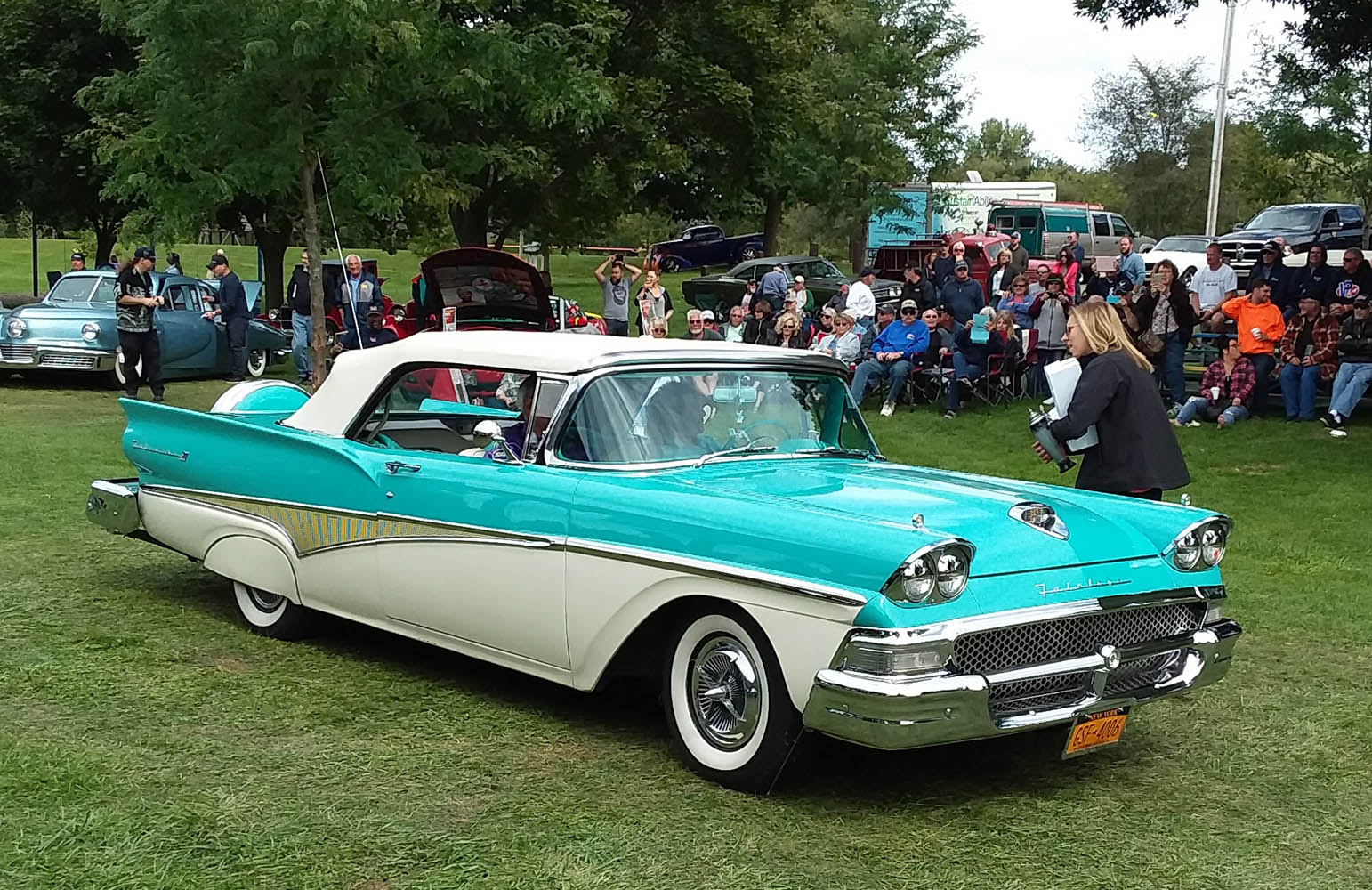 Top 25- 1958 Ford 500 Fairlane Sunliner, Judy Judware 1