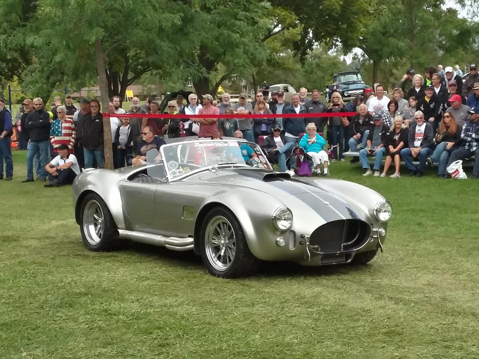 Specialty- 1965 Cobra, Chris & Ellie Tomkow
