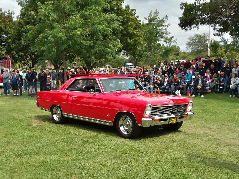 Specialty- 1966 Chevy II, Ken & Kaylee Knapp