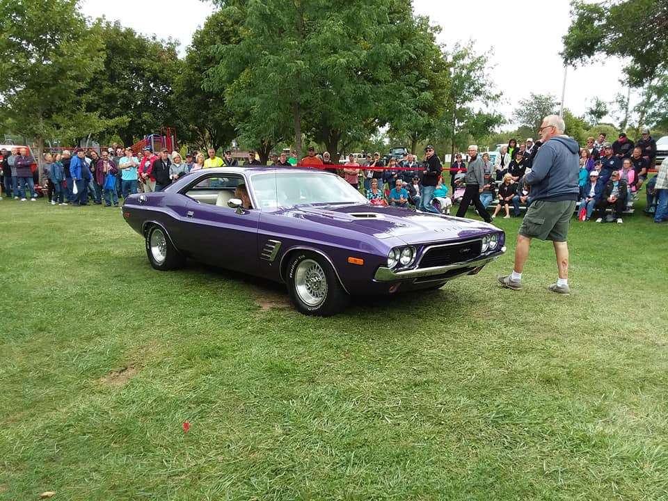 Specialty- 1972 Dodge Challenger, Rudy & Bonnie Bolf