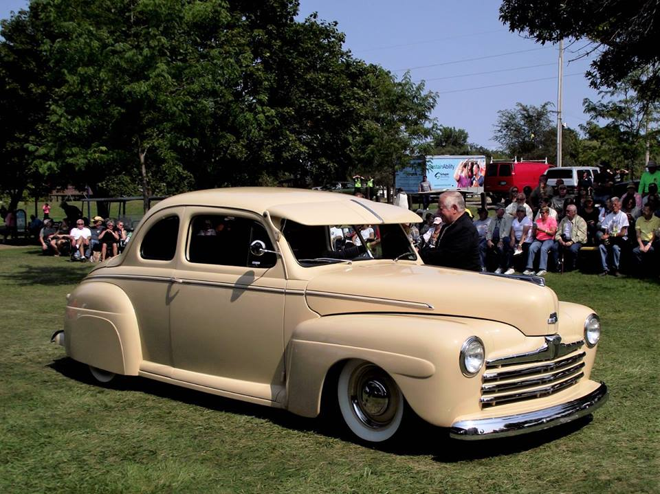 Top 25 1948 Ford- Terry Kraft 3