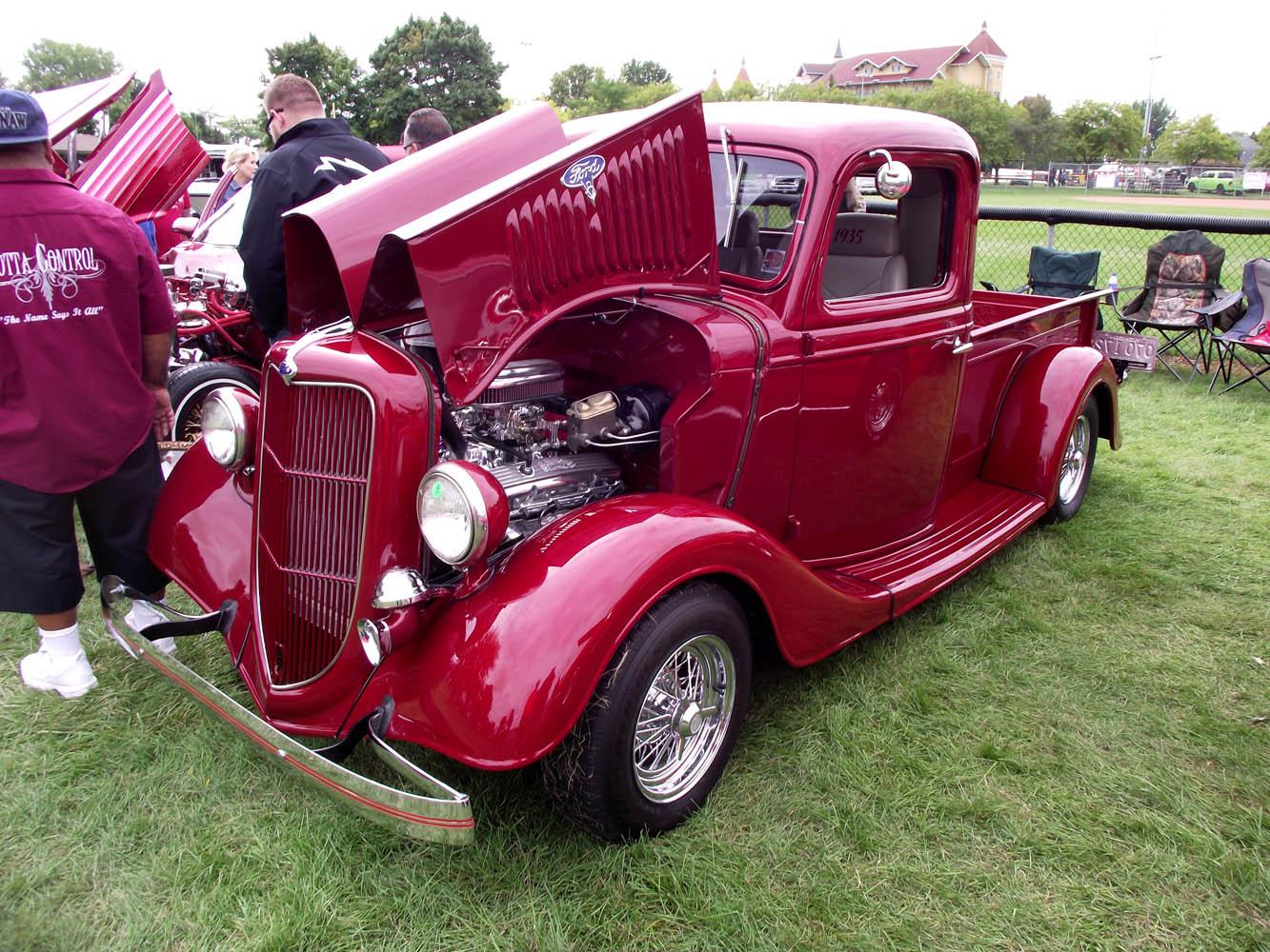Specialty- 1935 Ford Pickup, Tim Ellison 1