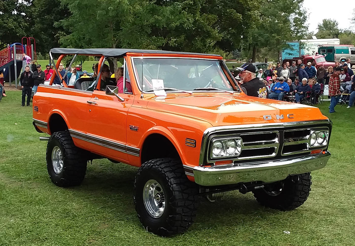 Specialty- 1972 GMC Jimmy, Eric Worth 1