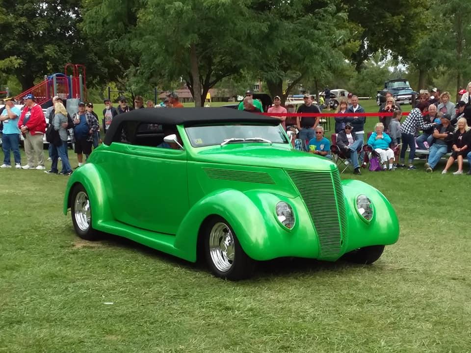 Specialty- 1937 Ford Cabriolet, Norton Stadler